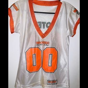 Hooters jersey